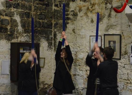 Christ Church Cathedral: David guiding a group through a ringing round