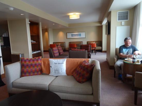 the comfy grand club lounge picture of grand hyatt san antonio rh tripadvisor com