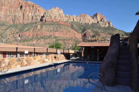 Zion Park Motel: Beautiful pool
