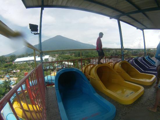 Kuningan, Indonésia: Sangkan Resort Aqua Park