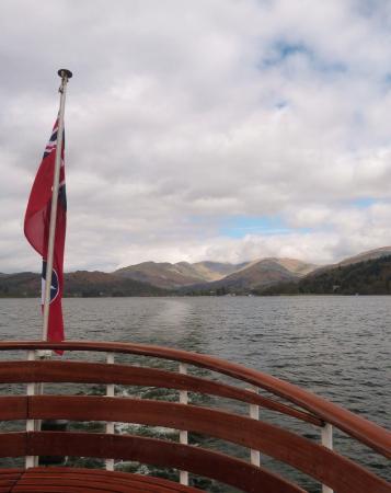 Bowness-on-Windermere, UK: Fairfield Horseshoe from Windermere Lake Cruises