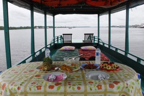 Central Kalimantan, Indonesien: Boat of Orangutan Voyage