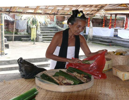 Bedugul, Ινδονησία: Budaya Bali .. Sedang upacara ..