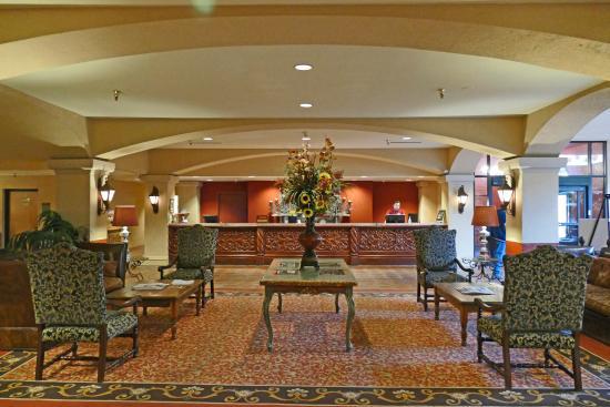 Hotel Encanto de Las Cruces: Die Eingangshalle