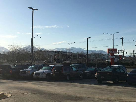 Hampton Inn Anchorage: IMG-20160403-WA0005_large.jpg