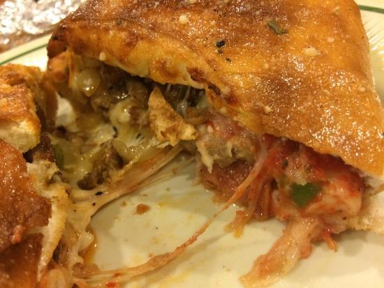 Maggie's Pizza & Deli: photo3.jpg
