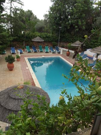 Residencial Casa do Alto: piscine vuede la chambre