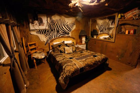 Orderville, UT: Adventure Cave Room