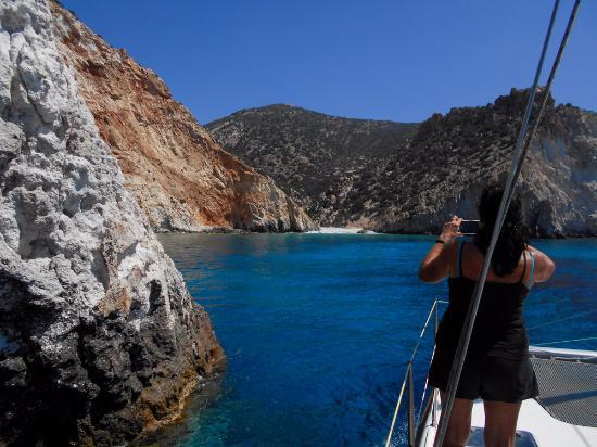 Adamas, Grecia: уютная бухта