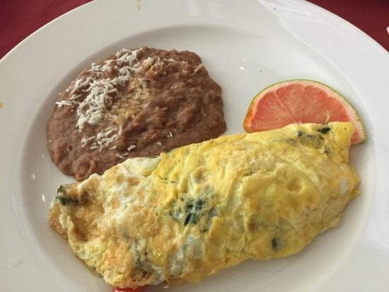 JUDE Bistro & Bar: Best omelette in Nuevo Vallarta.