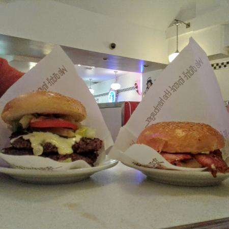 Eddie Rockets: Burgers