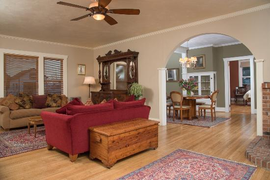 Harrison House Suites: Fully Appointed Suites