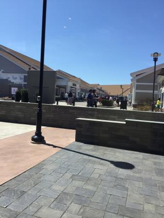 Woodbury Common Premium Outlets: photo1.jpg