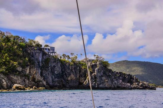 Road Town, Tortola: Around the point
