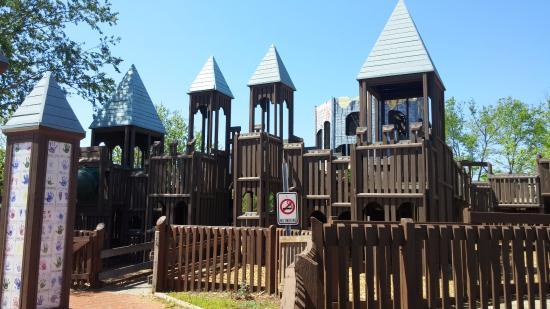 Kid Venture Playground
