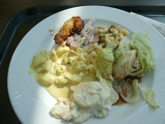 Migros Restaurant: A few salad selections