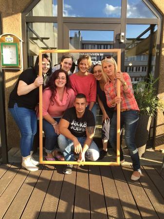 Homburg, Alemania: Das neue Cartoon-Nicole & Team
