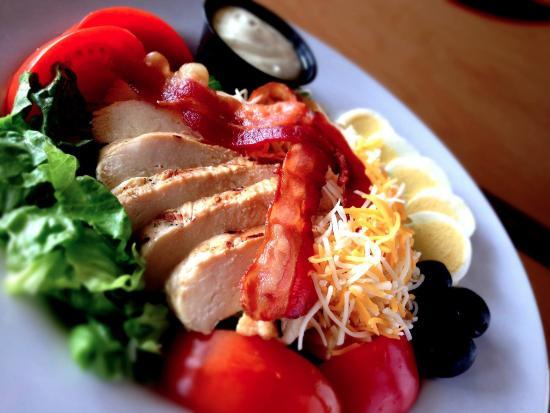 Wings Etc. Antioch: Big Chicken Grill!