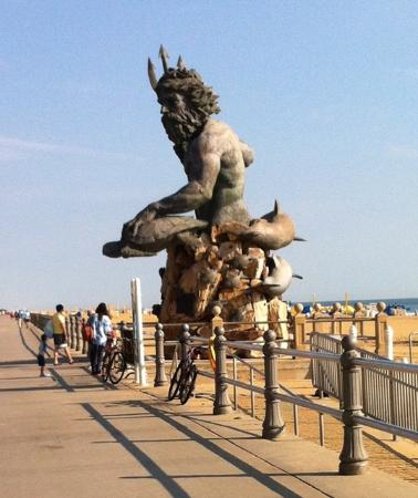 Neptune S Statue Virginia Beach Va