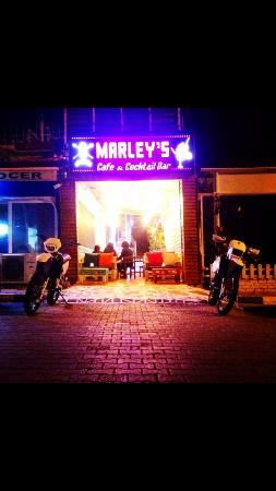 Marleys Cafe & Cocktail Bar