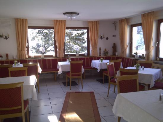 Gasthof Schwarzwaldtanne: La seconde salle du restaurant
