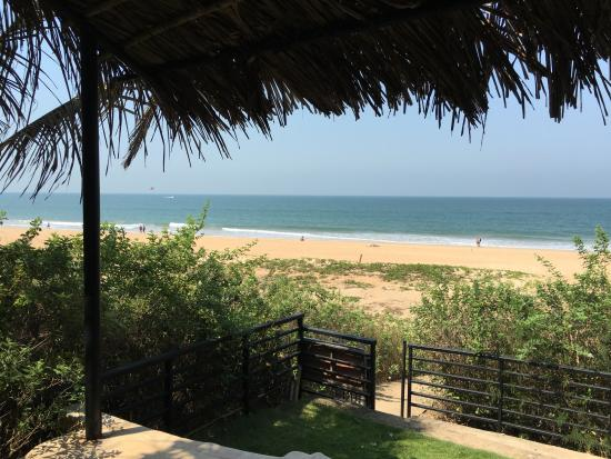 Aashyana Lakhanpal: Gate between property and beach