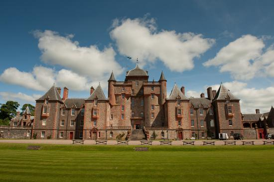 Lauder, UK: Lawn at Thirlestane Castle