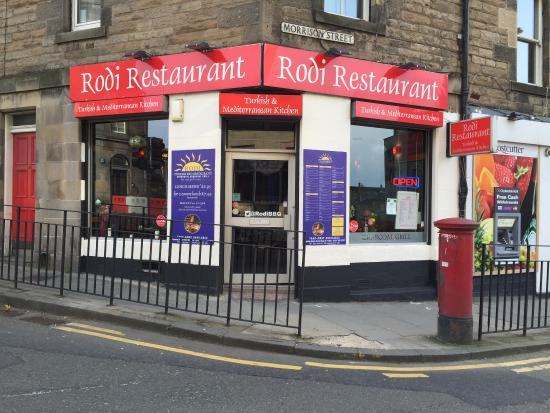 Rodi Restaurant: Outside has been decorated