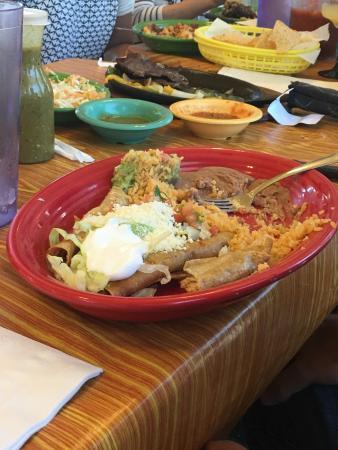 La Gardenia Mexican Restaurant & Cantina