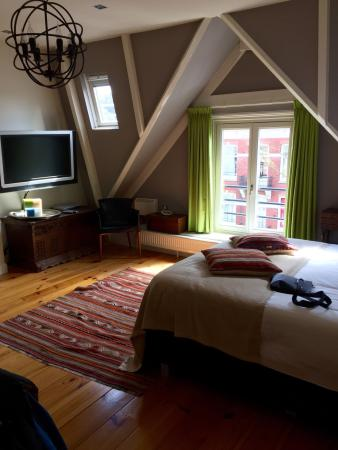 Dashwood Bed and Breakfast Amsterdam: photo1.jpg