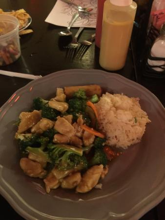 Ozark, MO: Delicious sweet and sour chicken and beef and broccoli orders