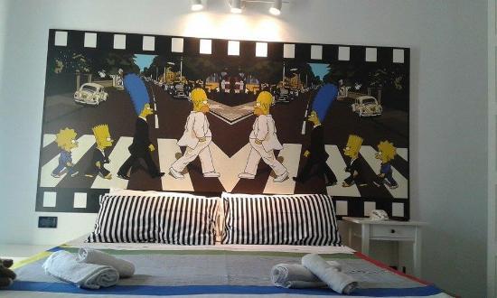 Hotel Alba : Graditissima dai bimbi e....non solo, la camera superior family a tema Simpson!!!