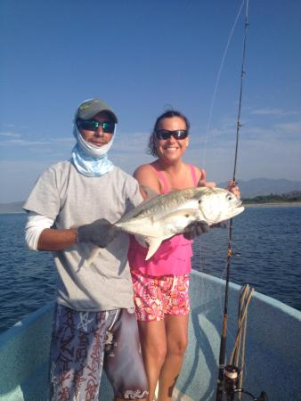 Guerrero, Mexiko: Great morning of inshore fishing for jacks
