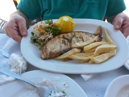 Skala Kallonis, Grecja: espadon grillé