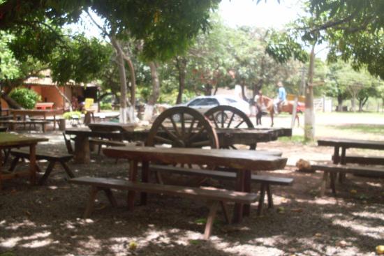 Juramento Minas Gerais fonte: media-cdn.tripadvisor.com