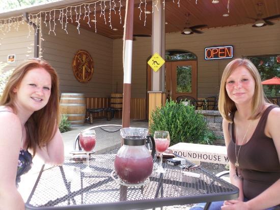 Centralia, IL: Tasting room in the summer
