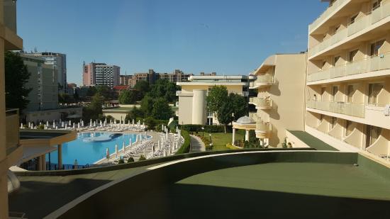 Club Calimera Sunny Beach: Blick auf die Hotelanlage