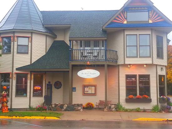 Photo of Sleeping Bear Inn Frankfort