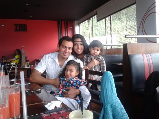 Fogo Grill & Bar: Festejándolo el cumpleaños a mi papi Jaime Pulla