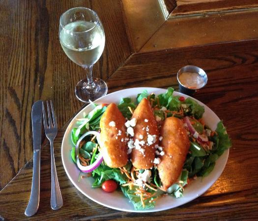 Niwot Tavern: Buffalo Chicken Tenders Salad