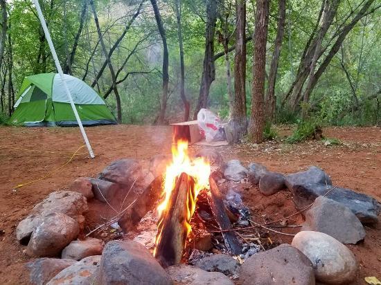 Lo Lo Mai Springs: Chill