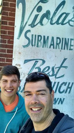 Viola's Submarine House: Yessir, that's Travelpapi & Son!