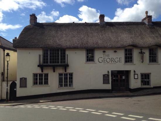 Hatherleigh, UK: Photos of The George under new management