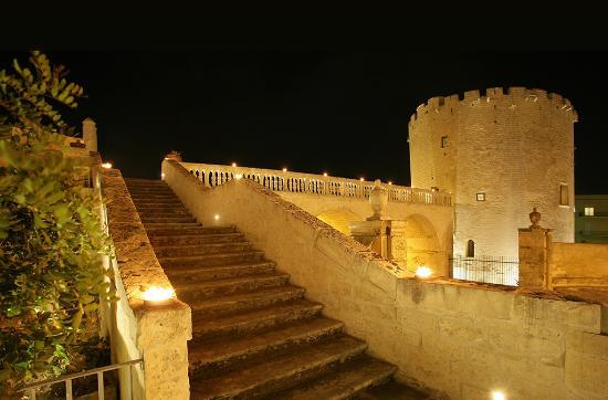 Risultati immagini per Torre del Parco Lecce