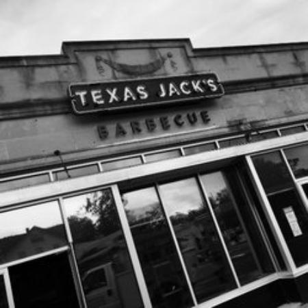 Photo of Bar Texas Jack's Barbecue at 2761 Washington Blvd, Arlington, VA 22201, United States
