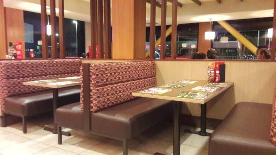 Pizza Hut Chaguanas Endeavour Rd Restaurant Reviews