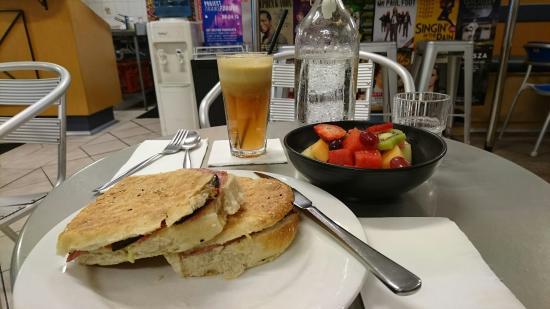 Cafe Kostas