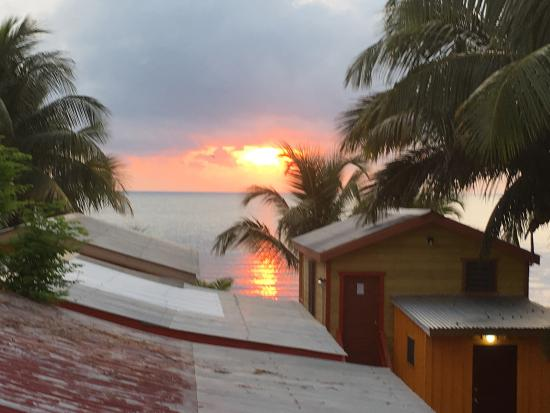 Julia's Rooms and Guesthouse: photo0.jpg