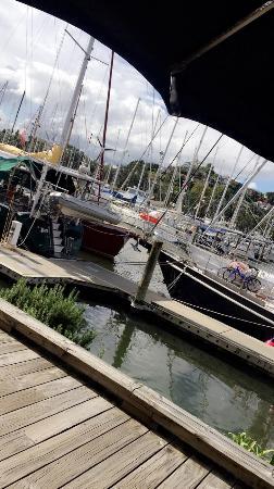 Reva's On The Waterfront : photo0.jpg