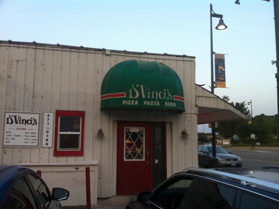 Wayzata, MN: Dvinci's Pizza Pasta & Subs  - Navarre, MN